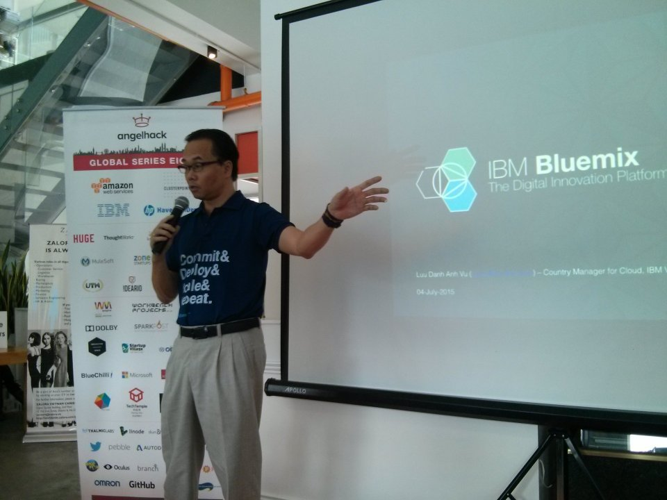 IBM Vietnam talking about Bluemix.