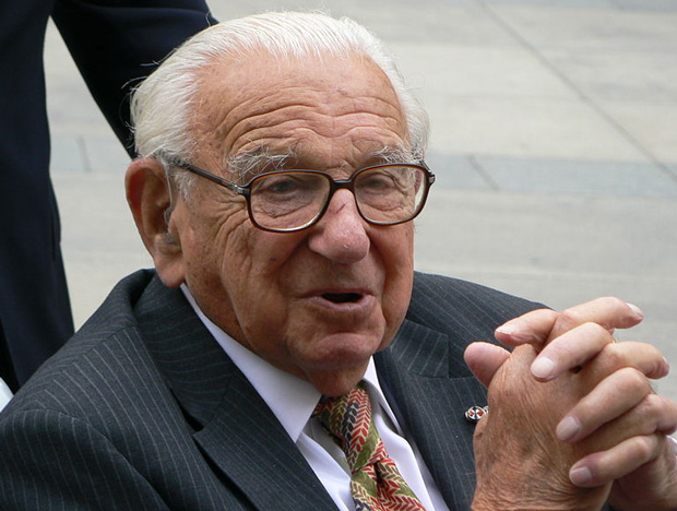 Sir Nicholas Winton salvou 669 crianças de campos de concentração nazista