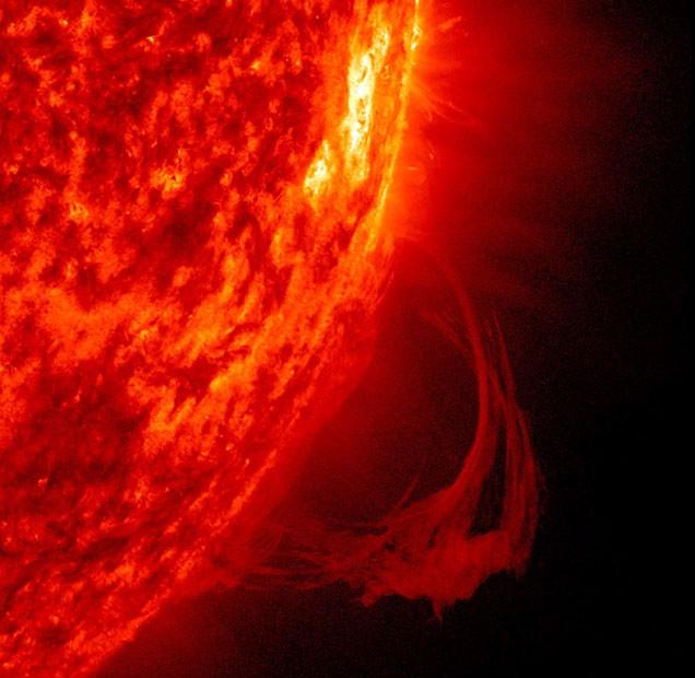 Terra se salvou por pouco de forte tempestade solar em 2012, diz estudo