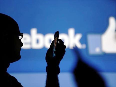 Estudante abre ação coletiva contra Facebook