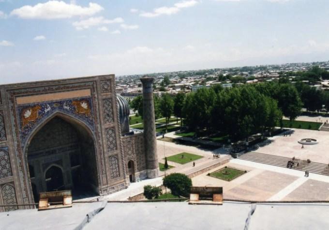 ウルグベク・メドレセのミナレットを登る【ウズベキスタン(サマルカンド)】