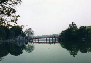 ハノイ、ホアンキエム湖