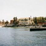 ダカールからフェリーで20分。沖合いに浮かぶ世界遺産の島「ゴレ島」【セネガル】