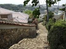 沖縄 石畳の道