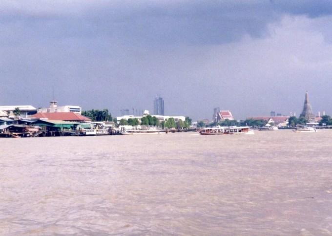 バンコク チャオプラヤー川