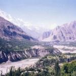 カラコルムハイウェイ沿いの桃源郷、フンザの「カリマバード」と「アルチット」【パキスタン】