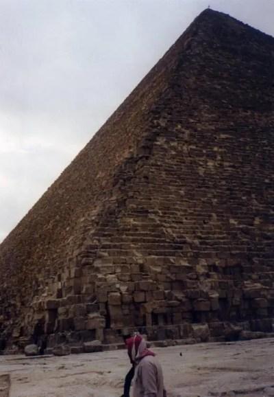 エジプト ギザ ピラミッド