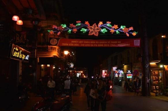 ベトナム2 サパ 夜のサパ