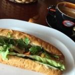 朝食に『HIGHLANDS COFFEE』でベトナムコーヒーとバインミーを@ベトナム・ハノイ