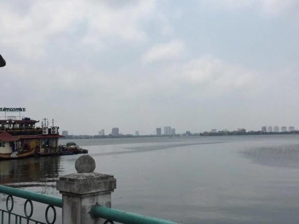 ベトナム5 ハノイ タイ湖