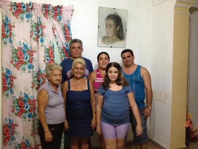 トリニダーのカサ(民宿)のファミリー 【キューバ Cuba】