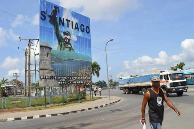 カストロ前議長、サンティアゴ・デ・クーバの風景 【キューバ Cuba】