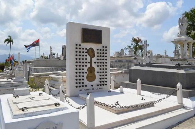 コンパイ・セグンドの墓、サンタ・イフィヘニア墓地、サンティアゴ・デ・クーバの風景 【キューバ Cuba】