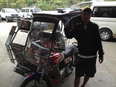 フィリピン、バナウェ。2日間のトライシクル&ガイド、ケリー君