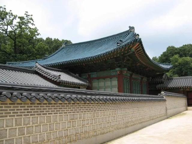 王の公式な執務室、宣政殿 【韓国】