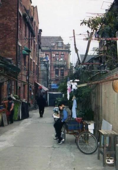上海路地裏風景 【中国、上海】