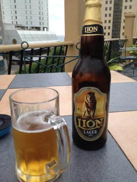 コロンボ・シティ・ホテルでのビール【スリランカ】