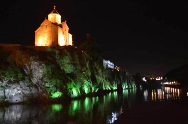 トビリシ、ムトゥクヴァリ川の風景【ジョージア(グルジア)Georgia:საქართველო】