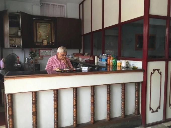 Sri Krishna Cafe(ランチ) マッタンチェリー(南インド・ケララ州3)