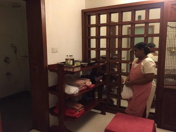 アーユルヴェーダ(南インド・ケララ州10)