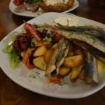 リガ中央市場内にある絶品魚料理のお店『スィリチーテス・ウン・ディリーテス』@ラトビア・リガ