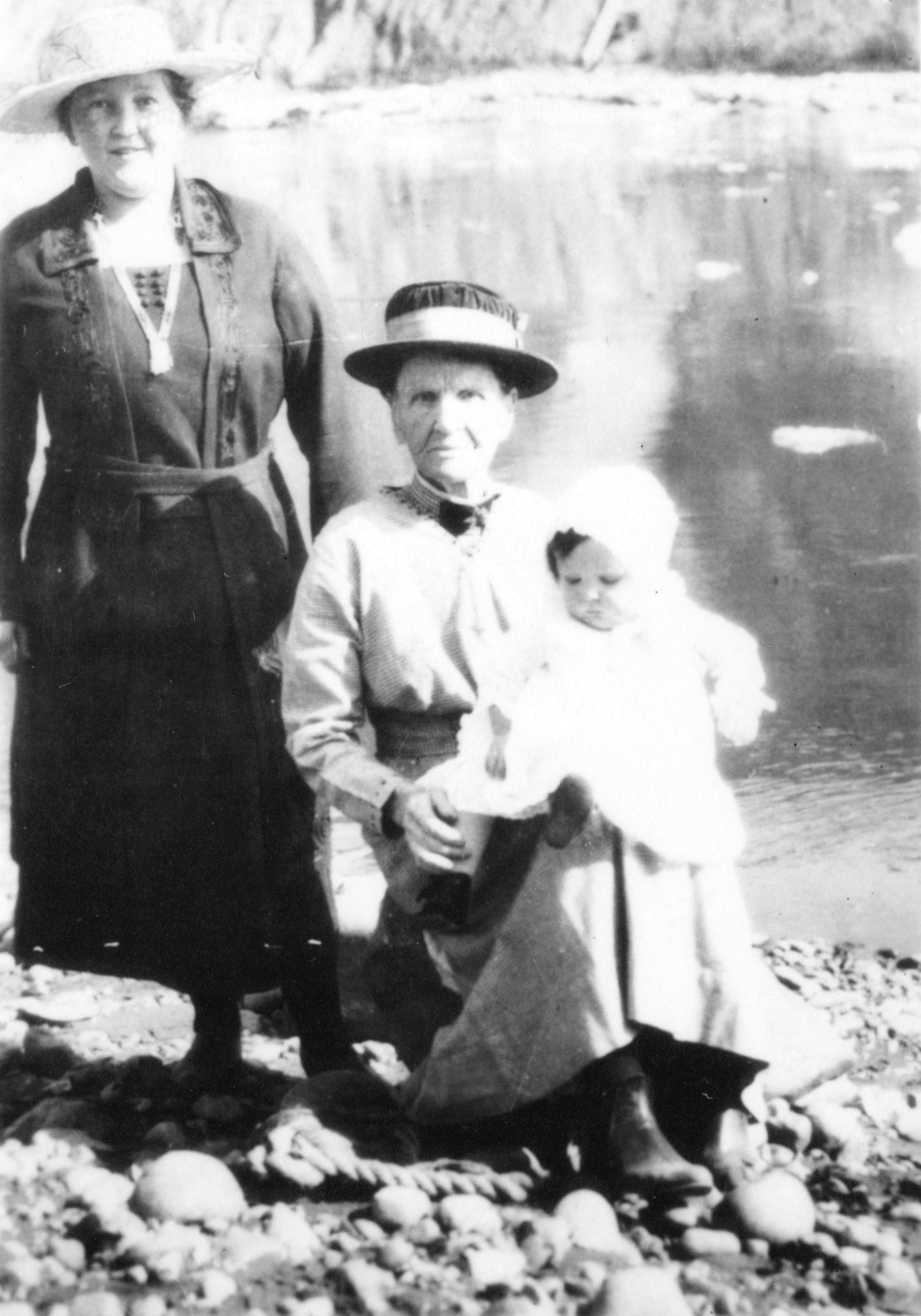 Seated is Kate Avison, [Mrs. Henry Avison, first park Ranger]. She started the first zoo in Stanley Park, ca 1921. Photo: Vancouver Archives Port P200.2