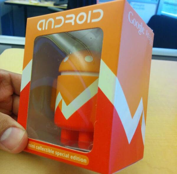 google-analytics-android-figurine-1402054586