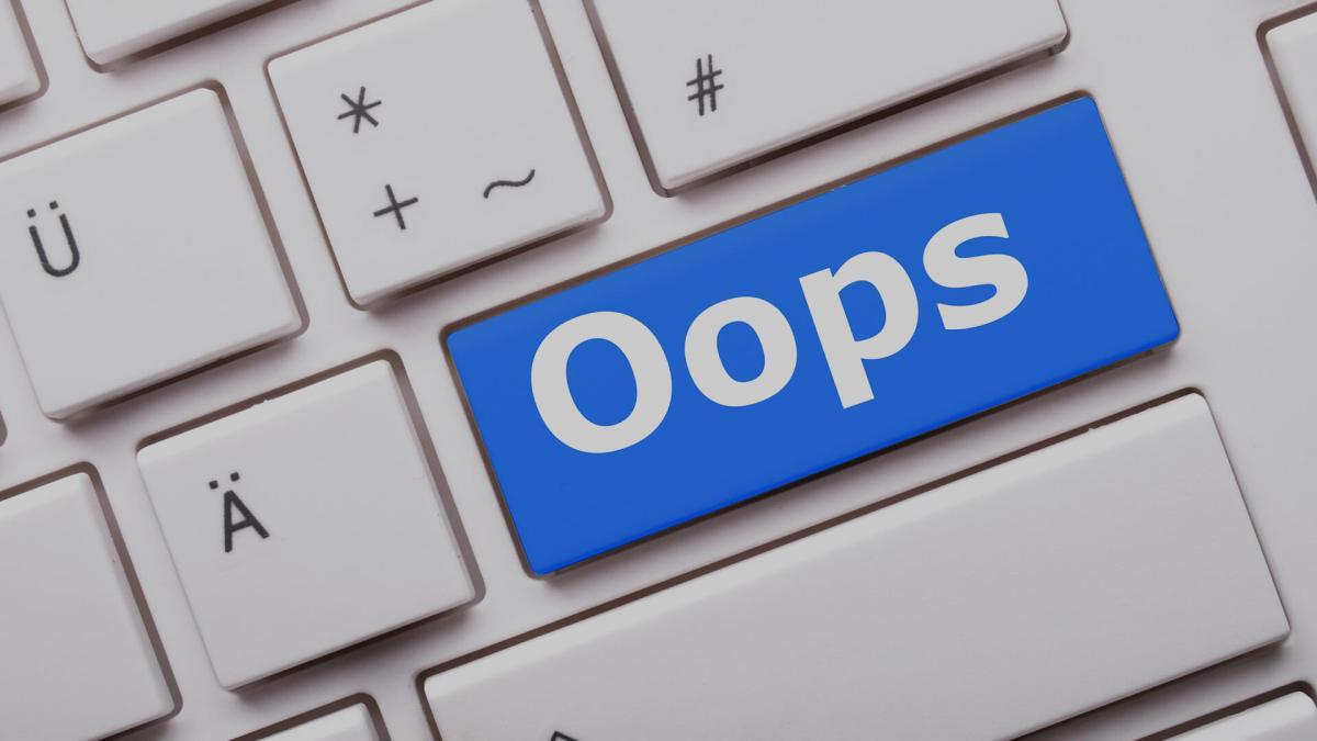 oops-error-mistake-ss-1920