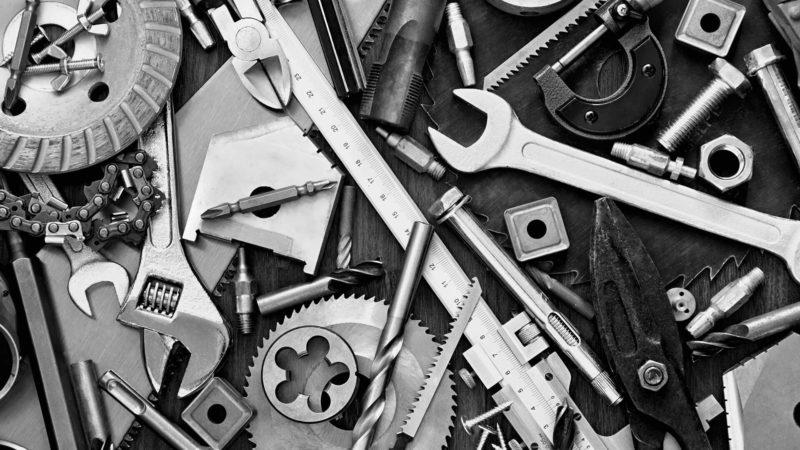 tools-toolbox-b&w-ss-1920