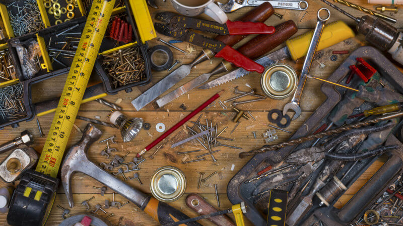 tools-clutter-mess-ss-1920