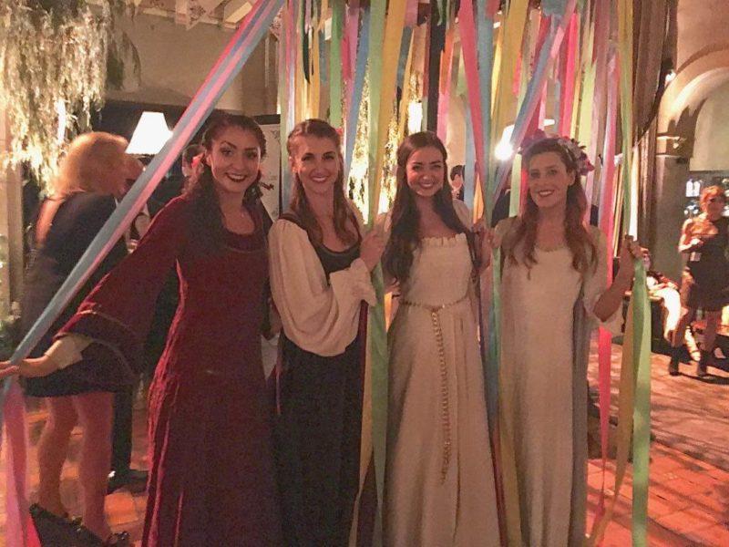 maypole-dancers