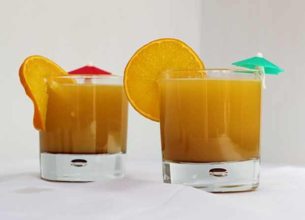 Orange and pomegranate molasses mocktail