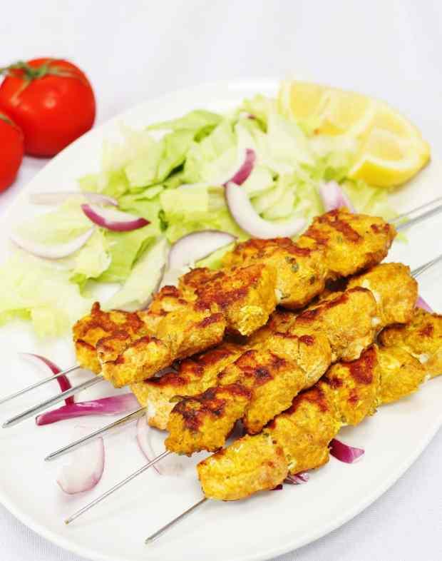 Spanish chicken kebabs