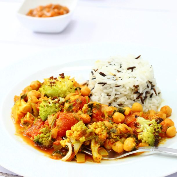Nutty roasted romanesco curry