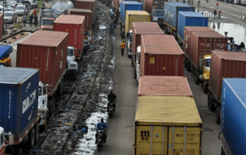 Buhari-Gives Truck Operators, Drivers 72Hrs To Clear Off Apapa Roads 3
