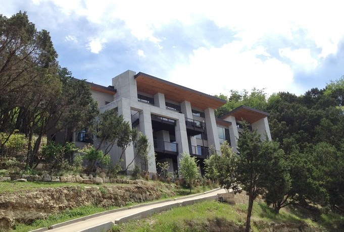 West Lake Hills House