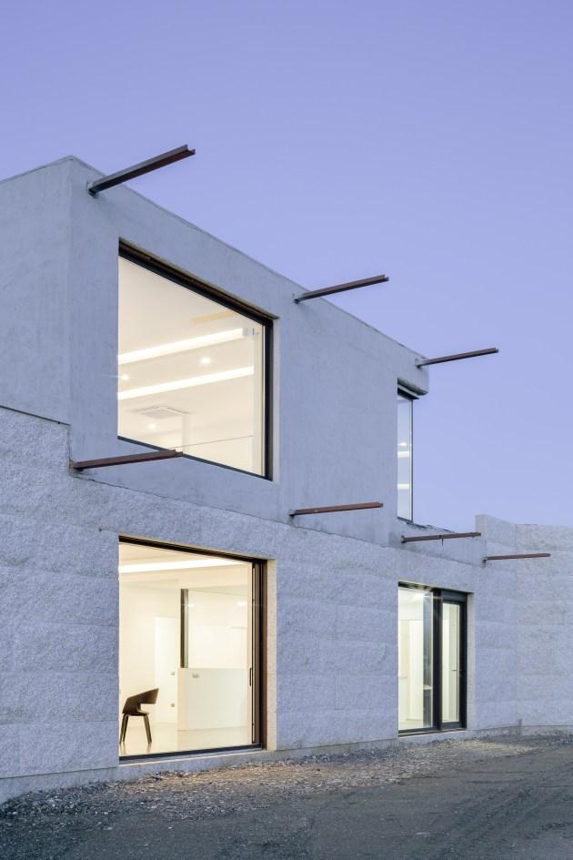 casa-vms-marcos-miguelez-architecture-residential-spain-stone-_dezeen_2364_col_2