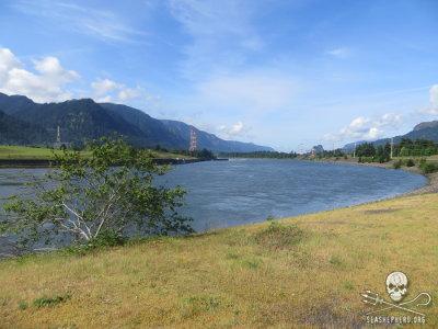 editorial-140515-1-1-columbia-river.jpg