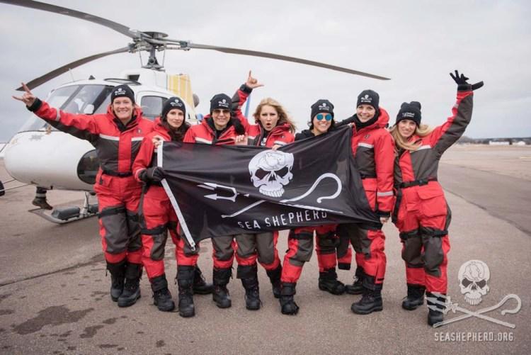 editorial-170329-1-3-crew-of-Operation-Ice-Watch.jpg