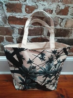 ALT634B Original Silk Screen Photos Large Zipper Tote