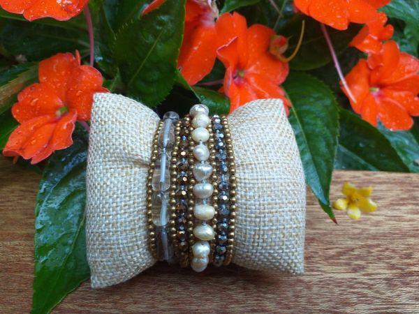 HWB972B Thailand Unique Stone Metal Bead Bracelet