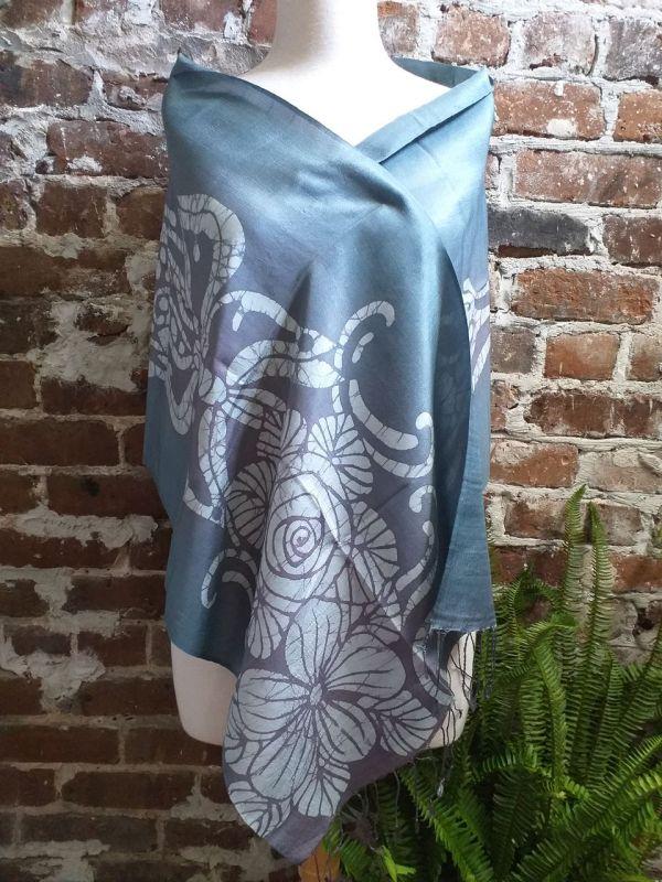 KED550c 100 Silk Hand Batik Shawl Scarf