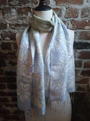 KED691d 100 Silk Hand Batik Shawl Scarf