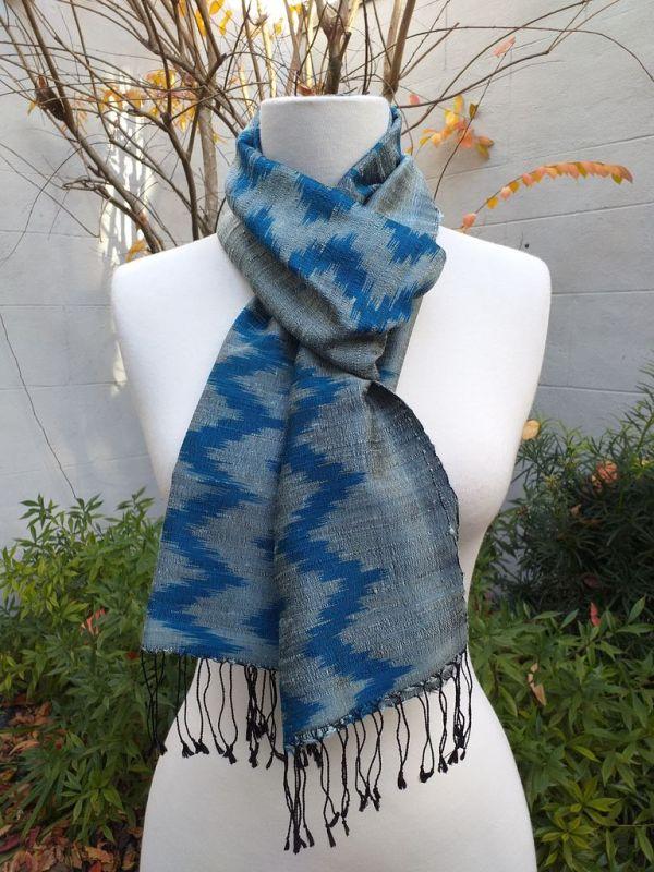 NMD675E SEAsTra Fairtrade Silk Scarf