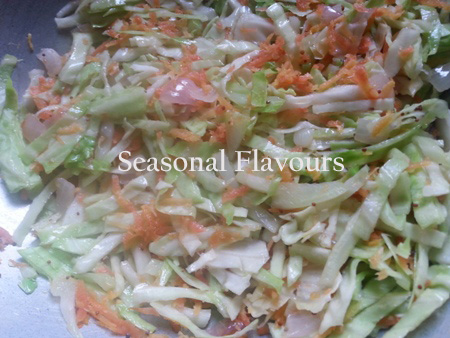 Add cabbage and carrot for Kerala cabbage recipe