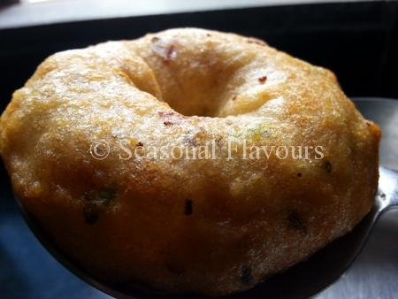 South Indian Urad Dal Vada Recipe