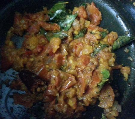 Tomatoes and spices for vankaya kura recipe