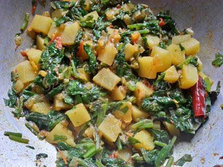 Cook aloo saag for alu palak recipe