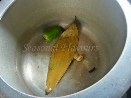 Khichuri Tempering in pressure cooker