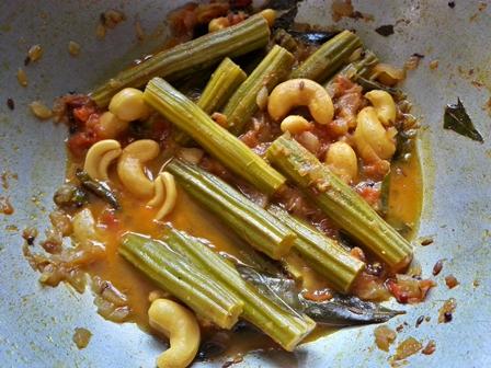 cook Jeedipappu mulakkada kura recipe